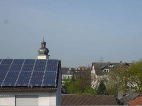 Weiterstadt -Braunshardt, freundliche 2-Zi.-ETW mit schönem Blick; Garage optional, 64331 Weiterstadt, Dachgeschosswohnung