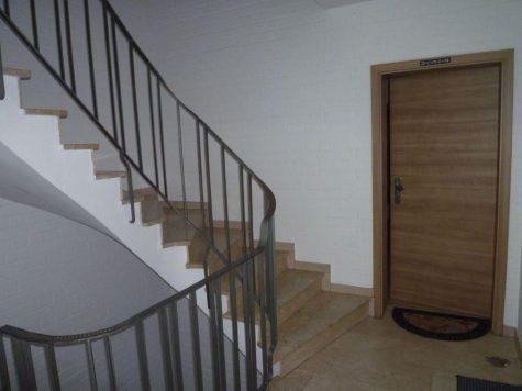 Riedstadt-Goddelau, bezugsfreies Mehrparteienhaus mit geräumigen Wohnungen in schöner Lage, 64560 Riedstadt, Mehrfamilienhaus
