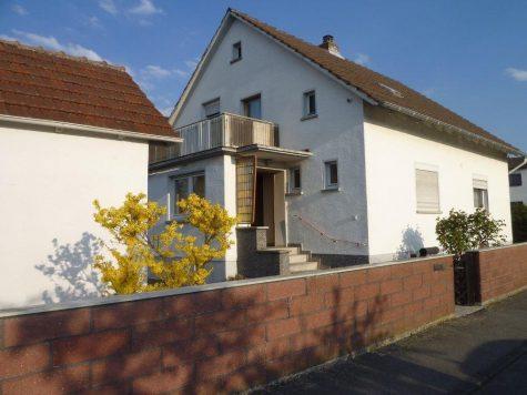 Pfungstadt, freistehendes 1-Fam.Haus mit Nebengebäude und Garten in beliebter Lage, 64319 Pfungstadt, Einfamilienhaus