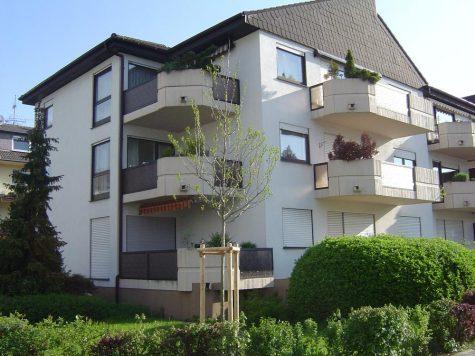 Rüsselsheim, freundliche 2-Zi.ETW mit ansprechender Ausstattung in schöner Lage nähe Horlache, 65428 Rüsselsheim, Etagenwohnung