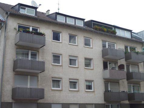 Darmstadt-Mitte, freundliche 2-Zi.-ETW mit Balkon und Garage in beliebter Lage, 64293 Darmstadt, Etagenwohnung
